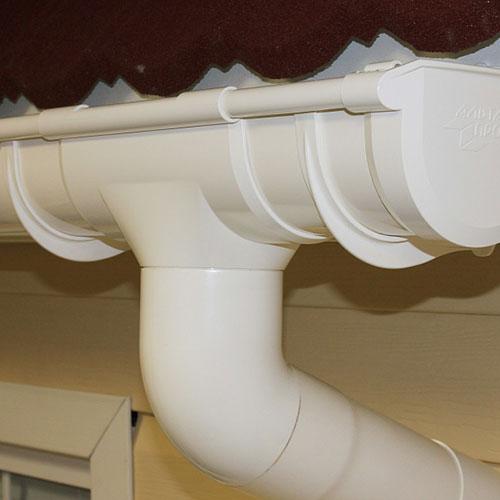 Воронка Альта-Профиль Стандарт 74 мм белая